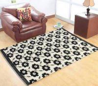 Zesture Black Chenille Carpet(138 cm  X 210 cm)- Flipkart
